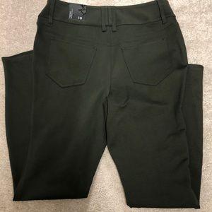 NWT Torrid Pants